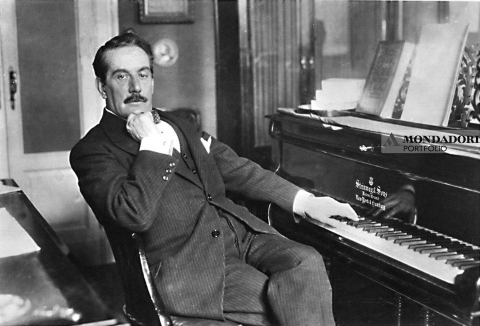 il compositore italiano Giacomo Puccini
